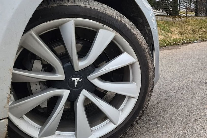 Tesla najbardziej wartościową marką motoryzacyjną na świecie!? /INTERIA.PL