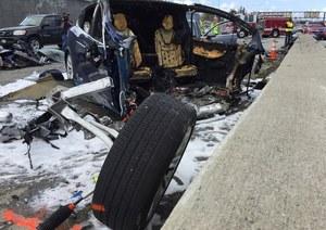 Tesla spłonęła po wypadku! Winne baterie?
