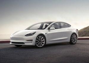 """Tesla """"upraszcza"""" produkcję Modelu 3"""