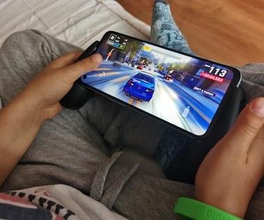 Test HyperX ChargePlay Clutch dla urządzeń mobile
