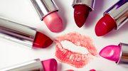 Test kosmetyków - czerwona szminka