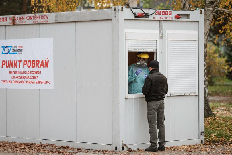 Test na koronawirusa /Piotr Dziurman /Reporter