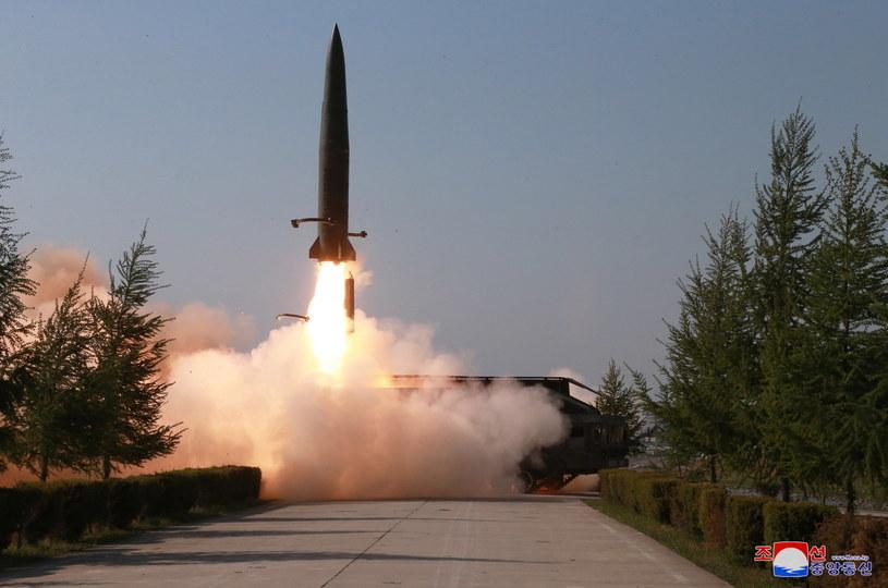 Testy balistyczne Korei Północnej /KCNA EDITORIAL USE /PAP/EPA