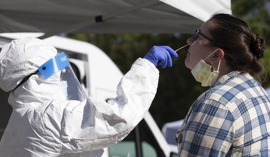 Testy na koronawirusa w Bostonie /CJ GUNTHER /PAP/EPA