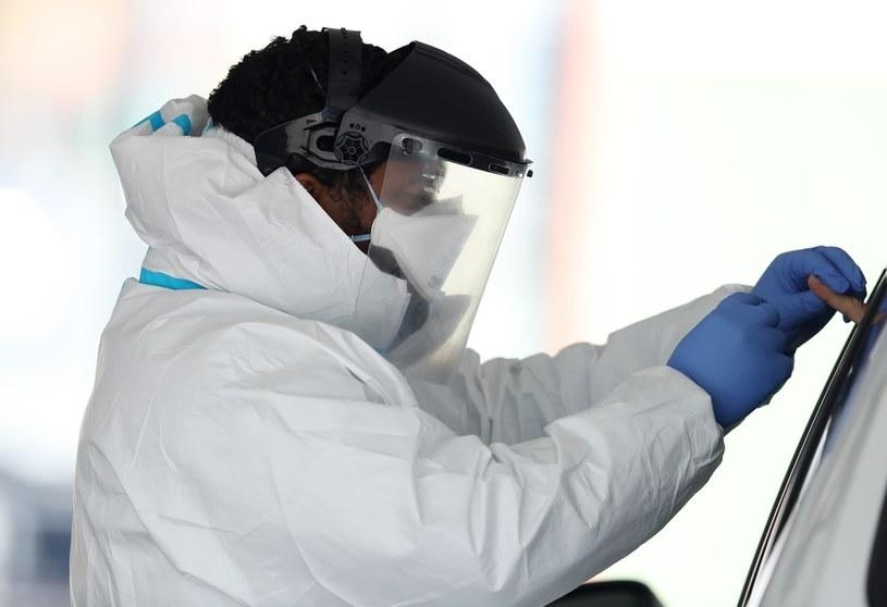 Testy na koronawirusa /AFP