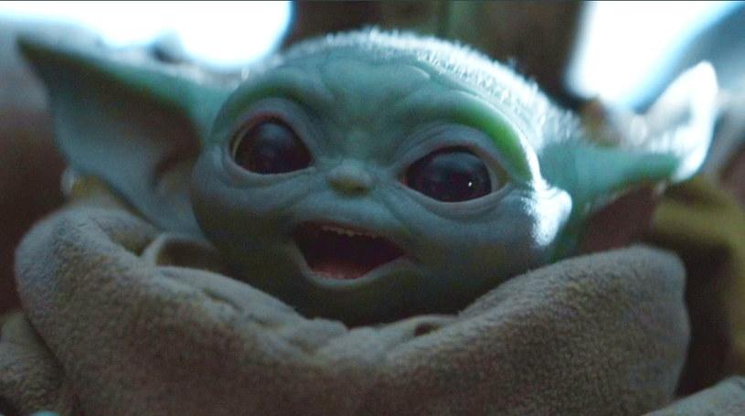 """""""The Child"""", zwany Baby Yoda, z serialu """"The Mandalorian"""" stał się popkulturowym fenomenem /materiały prasowe"""