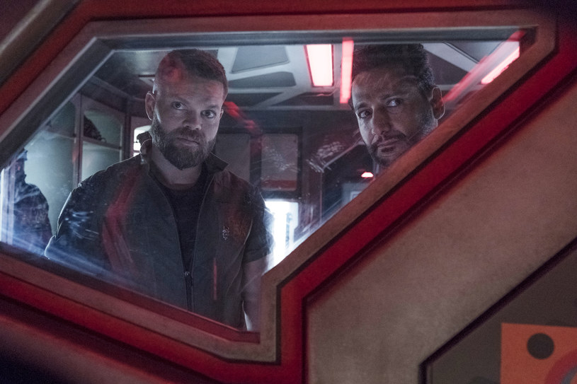 """The Expanse"": Wes Chatham, Cas Anvar /Rafy/Syfy/NBCU Photo Bank/NBCUniversal /Getty Images"