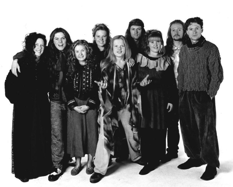 The Kelly Family w 1997 roku. Barby Kelly trzecia z lewej /Peter Bischoff /Getty Images