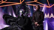"""The Masked Singer"": Ricki Lake odpadła z programu. Robin Thicke miał nosa"