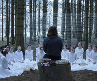 """""""The Other Lamb"""": Na styku kina grozy i poezji [recenzja]"""