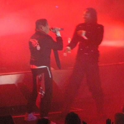 The Prodigy: Keith i Maxim podczas scenicznej dyskusji /INTERIA.PL
