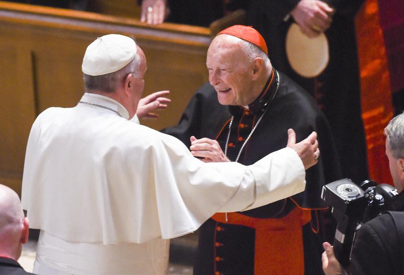 Theodore McCarrick jeszcze jako kardynał w 2015 roku, na zdjęciu z papieżem Franciszkiem /Jonathan Newton / The Washington Post  /Getty Images