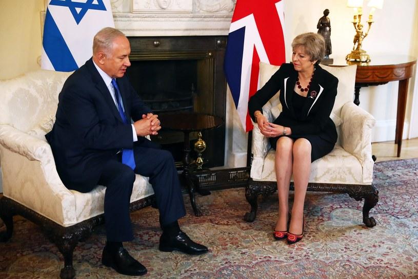 Theresa May i Benjamin Netanyahu /NEIL HALL / POOL /PAP/EPA