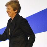 Theresa May zaczęła swoje przemówienie od… tańca