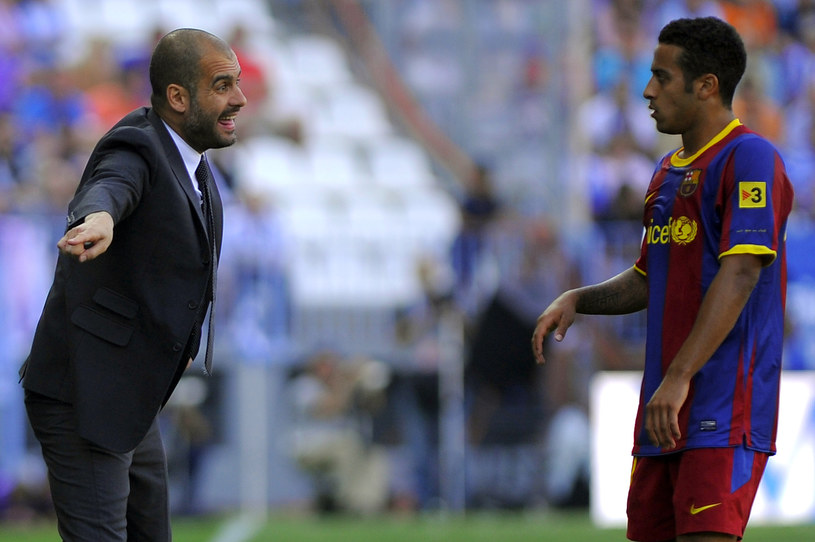 Thiago Alcantara wybierze Bayern ze względu na Pepa Guardiolę? /AFP