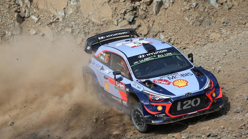 Thierry Neuville /Getty Images