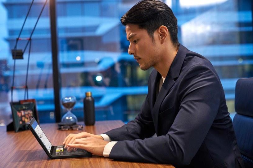ThinkPad X1 Fold oferuje zupełnie nowe możliwości obsługi /materiały promocyjne