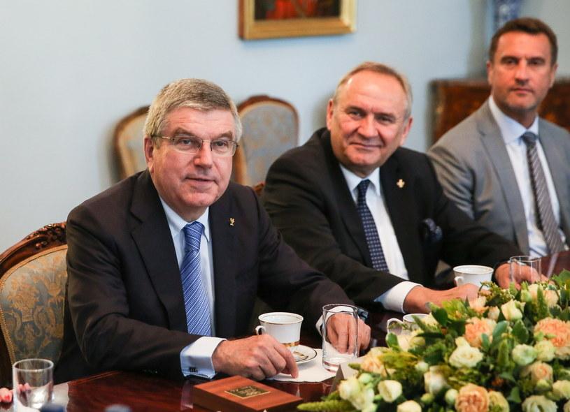 Thomas Bach (pierwszy z lewej) /Fot. Rafał Guz /PAP