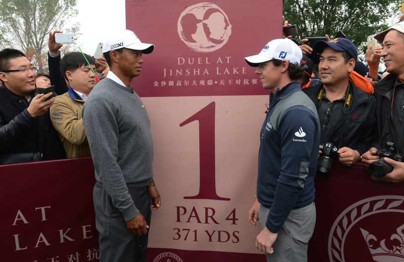 Tiger Woods i Rory McIlroy /AFP