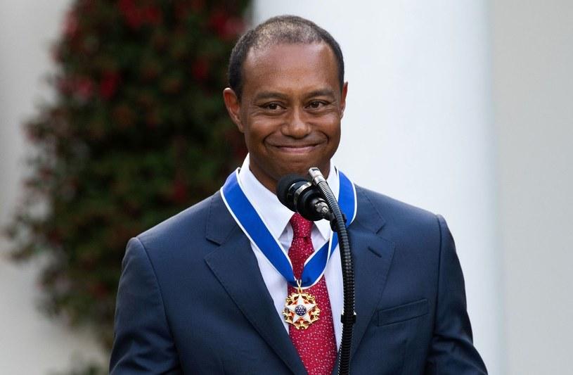 Tiger Woods podczas uroczystości wręczenia Prezydenckiego Medalu Wolności w Białym Domu w 2019 roku. /AFP
