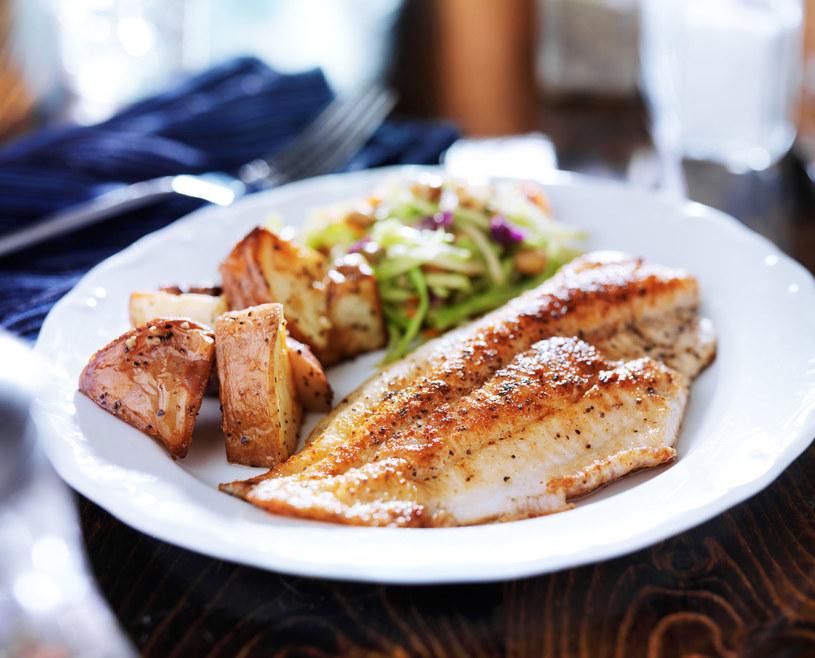 Tilapia to jedna z ryb, której powinnaś unikać /123RF/PICSEL