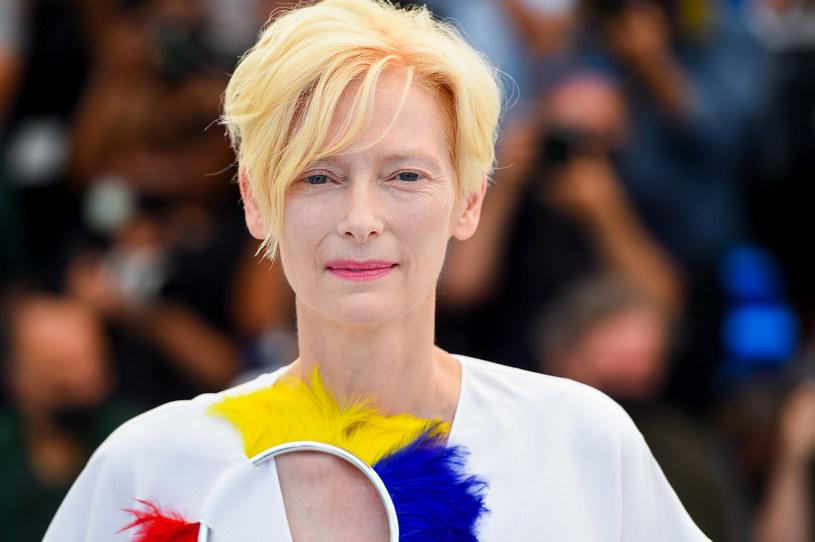 """Tilda Swinton nazywa swój trzeci sutek """"znamieniem wiedźmy"""" /Getty Images"""