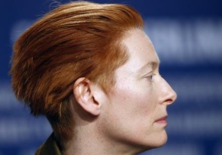 Tilda Swinton stanie na czele jury Berlinale 2009 /AFP