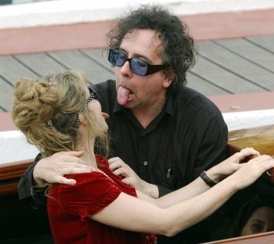 Tim Burton z żoną Heleną Bonham-Carter /AFP