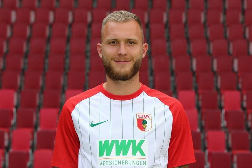 Tim Rieder w koszulce Augsburga /Christian Kolbert /East News