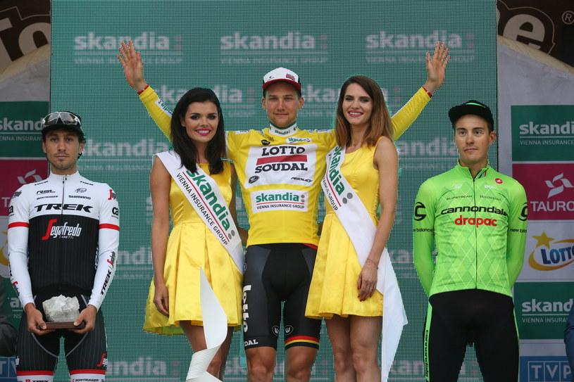 Tim Wellens (w żółtej koszulce), czyli najlepszy kolarz Tour de Pologne /Stanisław Rozpędzik /PAP