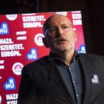 """Timmermans ostrzega na Węgrzech przed nacjonalistami. Chcą """"kontrolować ludzi przy pomocy strachu"""""""