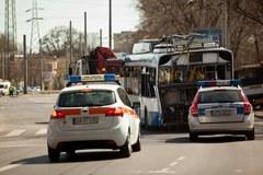Tir zderzył się z trolejbusem w Gdyni. Zginęły dwie osoby