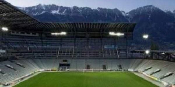 Tivoli-Neu z widokiem na góry /www.uefa.com