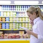 Tłok w sklepie, kolejki i błędne oznakowanie cen - najbardziej irytujące dla polskich konsumentów