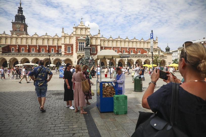 Tłumy na Rynku Głównym /Beata Zawrzel /Reporter