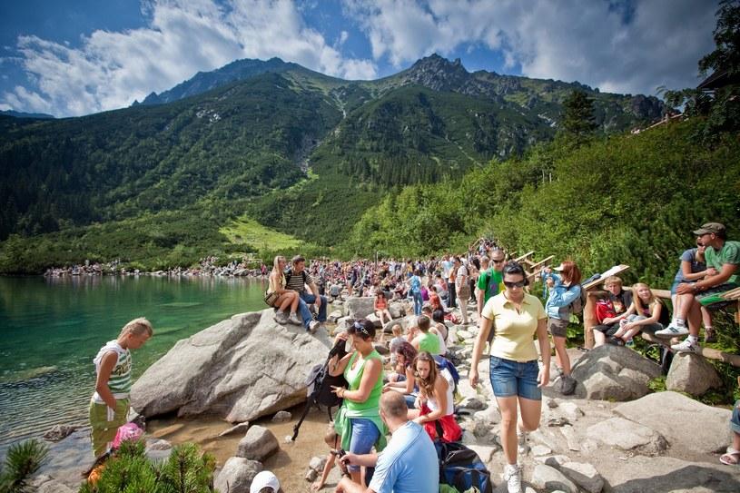 Tłumy na tatrzańskich szlakach / fot. Adam Brzoza/FOTONOVA /East News