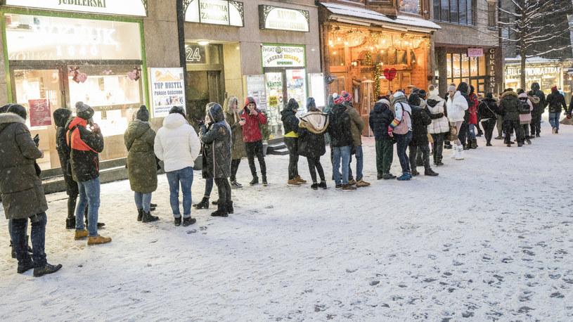 Tłumy w Zakopanem /MAREK BEREZOWSKI/REPORTER /Reporter