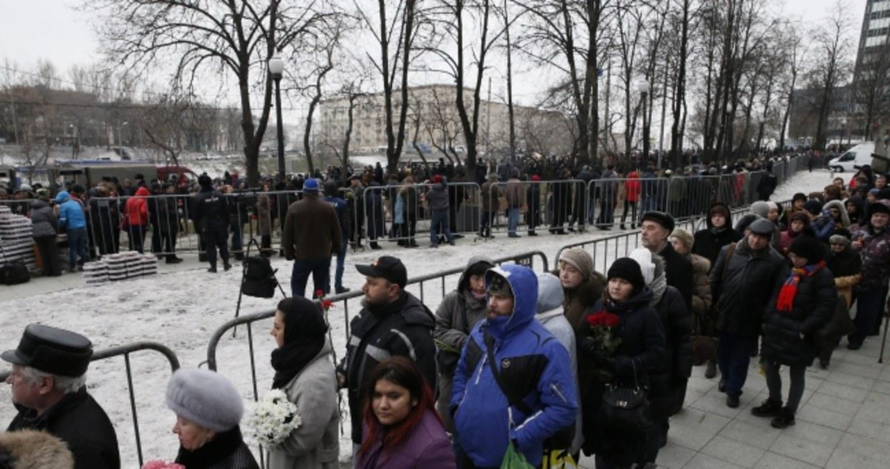 Tłumy żegnają zastrzelonego Borysa Niemcowa
