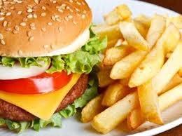 Tłuste jedzenie a cholesterol /© Photogenica