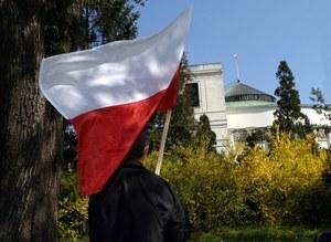 TNS Polska: Trzy czwarte Polaków - sprawy w kraju idą w złym kierunku