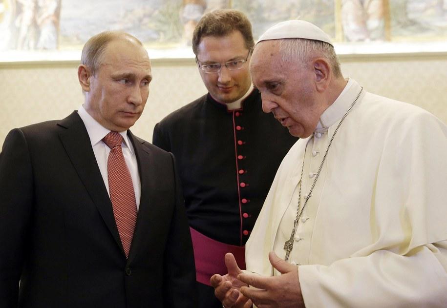 To było drugie spotkanie Putina z Franciszkiem. Pierwszy raz widzieli się w listopadzie 2013 roku /GREGORIO BORGIA /PAP/EPA