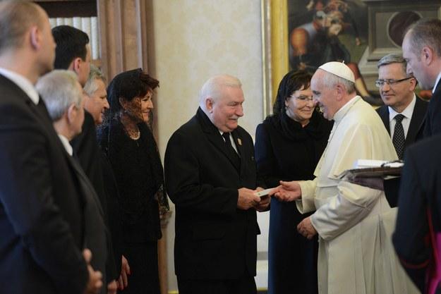 To było już drugie spotkanie byłego prezydenta z Franciszkiem (zdj. z kwietnia 2014 r.) /Jacek Turczyk /PAP