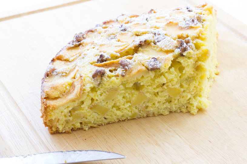 To ciasto robi się wyjątkowo szybko i zawsze się udaje /123RF/PICSEL
