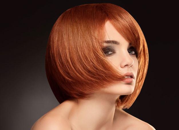To idealna fryzura dla sztywnych, prostych włosów /123RF/PICSEL
