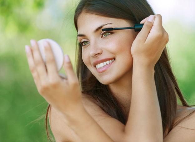 To idealny makijaż dla zapracowanych kobiet /123RF/PICSEL
