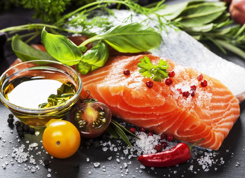 To kolejny powód, żeby jeść ryby /123RF/PICSEL