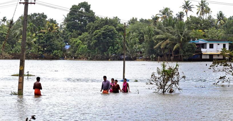 To największa powódź w tym regionie od 100 lat /PRAKASH ELAMAKKARA /PAP/EPA