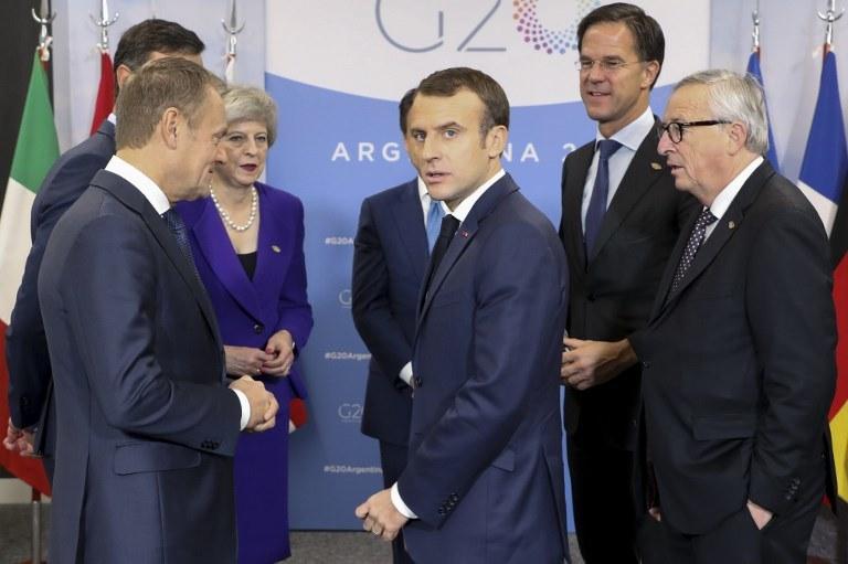 - To nie jest program do realizacji na już, na teraz, na chociażby za chwilę - zaznacza prof. Jacek Reginia-Zacharski /LUDOVIC MARIN/AFP /AFP