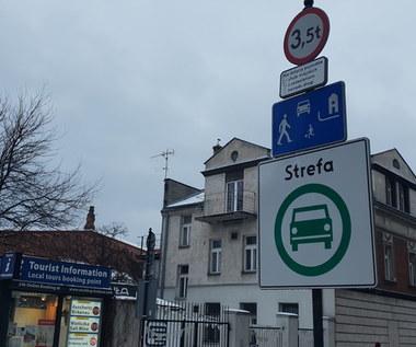 To nie koniec kompromitacji wokół krakowskiej strefy SCT