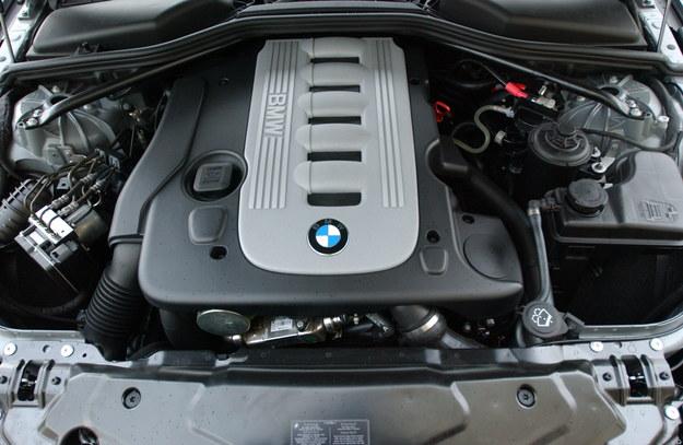 To ostatni na świecie rzędowy diesel o 6 cylindrach w samochodzie osobowym. /Motor